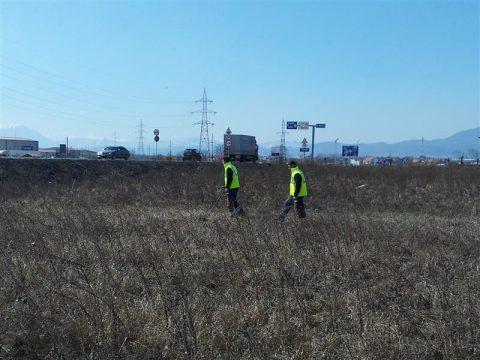 2012-03-26-13-39-33asanare-si-curatare-munitie-neeplodata-danavi